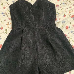 ASTR the label Medium Black lace romper